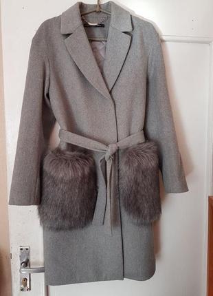 Демисезонное пальто на подкладке love republic