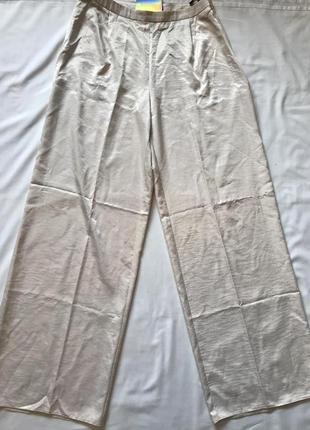 Легкие сатиновые жемчужные штанишки кюлоты на высокой посадке р 12-14 missguided3