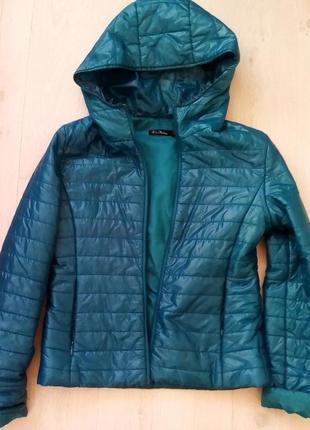 Куртка балониевая с капюшоном кира пластинина