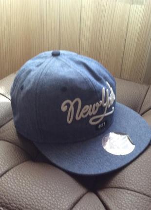 Хлопковая кепка new york  h&m на 8-14 лет2