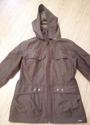 Куртка,парка на весну, осень,quechua