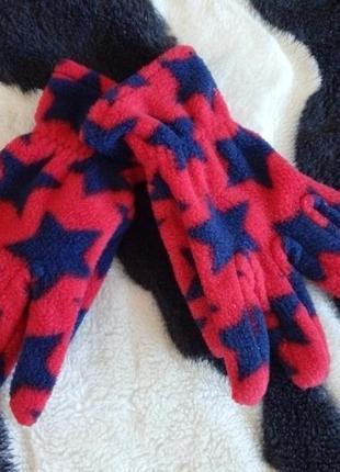Фирмееные перчаточки 2-3года