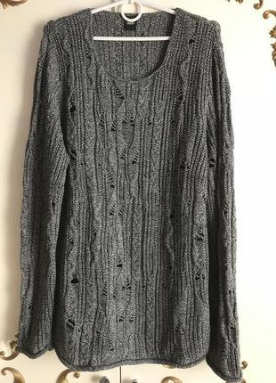 Серый вязаный свитер джемпер в дырочку