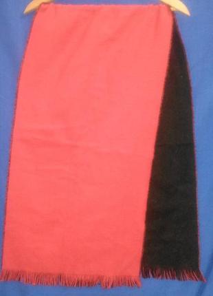 Красивый  двухсторонний  шарф красно - черный