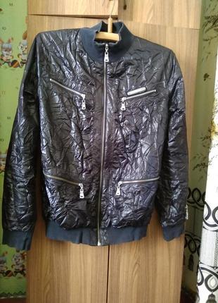 Куртка-вітровка брендова