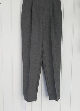 Теплые брюки 44 р