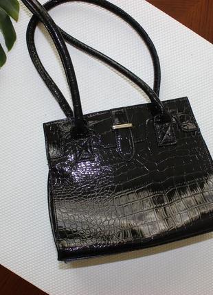 21х25см bhs лакированная сумка на коротких ручках сумочка