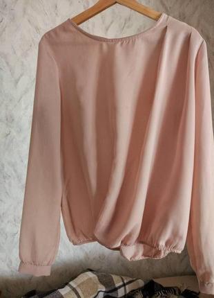 Женственная блузка цвета пудры