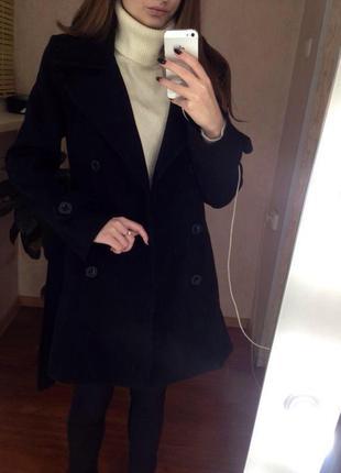 Шерстяное пальто двубортное / пальто на запах