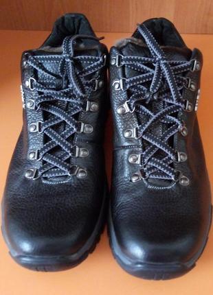 Кожаные зимние ботинки, размер 40