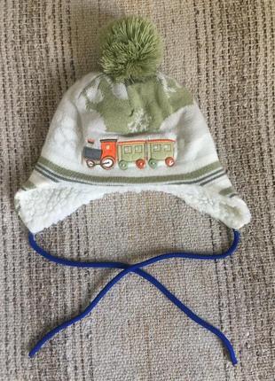 Зимняя шапка шапочка с бубоном и поездом паровозом barbaras на 42-44 см