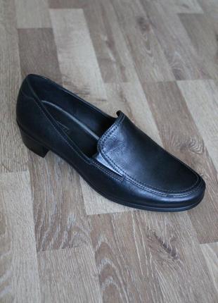 Шикарні туфлі ecco оригінал!!!39  41