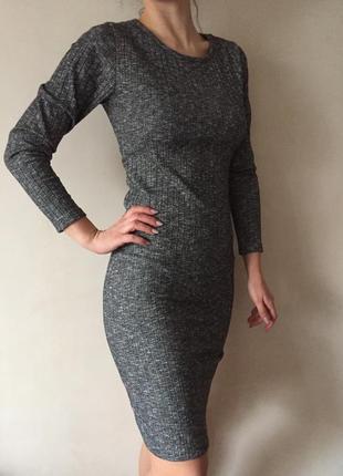 Платье осеннее демисезонное базовое длины миди в рубчик актуальная расцветка меланж