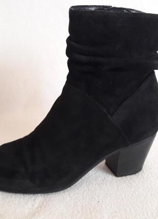 Натуральные замшевые ботинки фирмы 5th avenue ( германия) р. 40 стелька 26 см