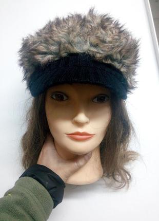 Меховая кепка шапка с козырьком