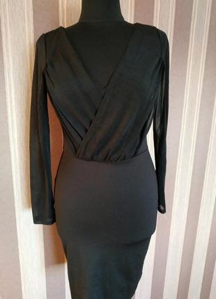 Замечательное стильное платье, размер м