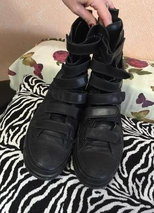 Демисезонные ботинки от дизайнера ann demeulemeester