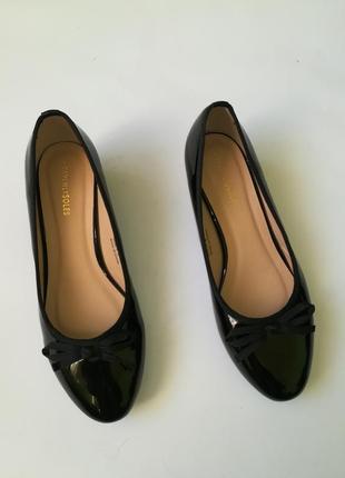 Отличные лаковые туфли heavenlysoles