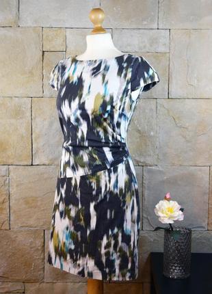 Акция 1+1=3! платье в инересный принт и со сборкой сбоку от limited collection