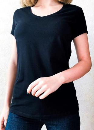 Базовая черная стрейч футболка atmosphere
