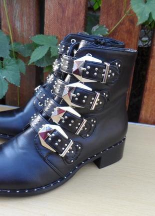 Суперские итальянские ботинки от primadonna