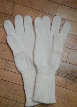 Белые перчатки фирмы hema
