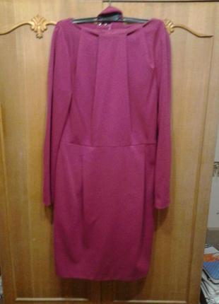 Платье из плотного трикотажа цвета фуксии
