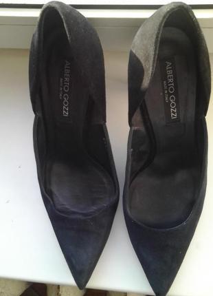 Замшевые двухцветные туфли alberto gozzi