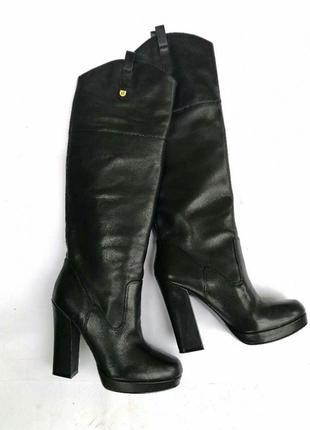 Шикарные стильные высокие сапоги guess, кожаные, ботфорты на каблуке