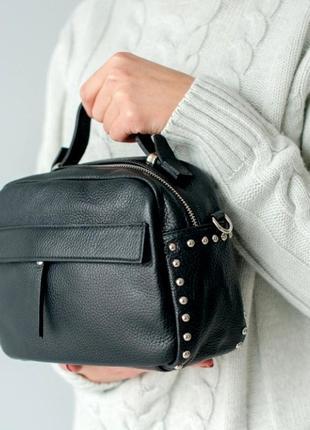 Стильная кожаная сумка портфельчик, черная. италия.