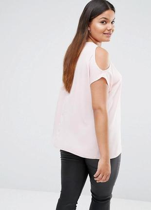 Ліквідація товару до 10 грудня 2018 !!! блуза  с вырезами на плечах new look