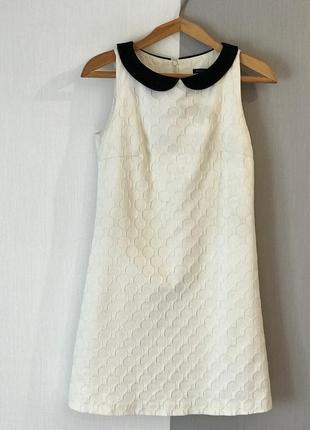 Платье mohito белое с воротником на подкладке рр 36
