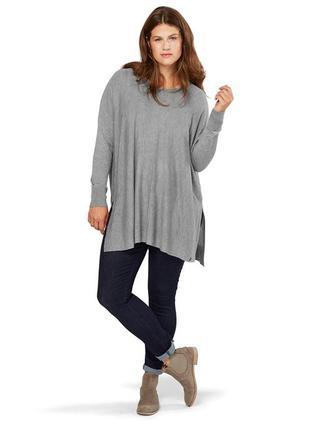 Шикарный трикотажный пуловер.тсм чибо.наш 54-56
