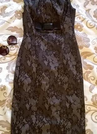 Платье гипюровое, облегающее