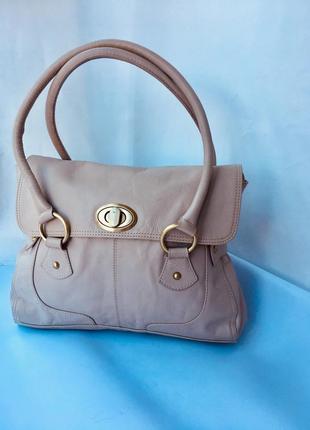 Статусная дорогая кожаная сумка, натуральная кожа, благородный бежевый,