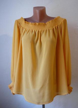 Шифоновая блуза со спущеными плечами
