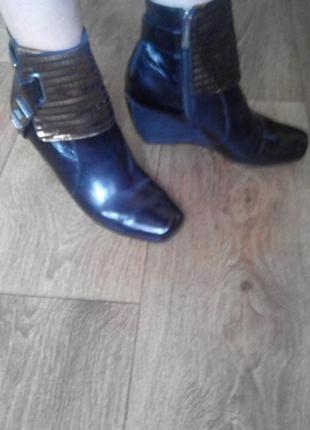 Шикарные нарядные ботинки mallanee 38р (24-24,5см)