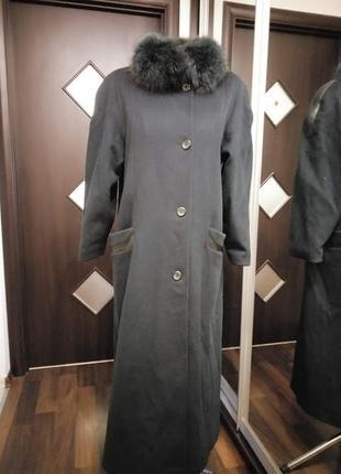 Шерстяное пальто осень - зима с натуральным мехом в стиле оверсайз