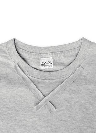 Женская асимметричная футболка серая с необычной белой оборкой сбоку из 100%ного хлопка2 фото