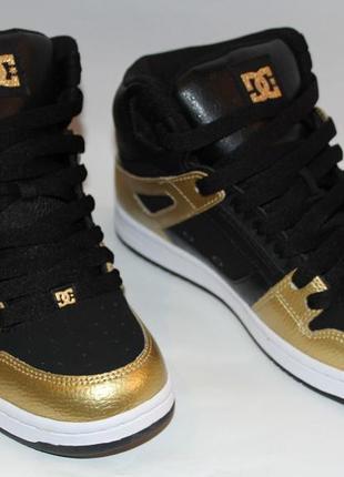 Кожаные dc shoes р. 39 ст. 26 см. золотые  кроссовки