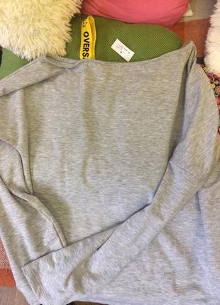 Очень модний свитер