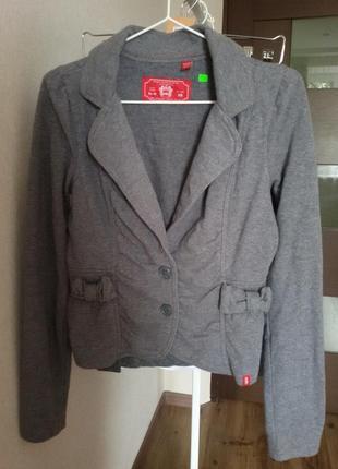 Батник -пиджак xs  edc