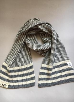 Шерстяной шарф ugg