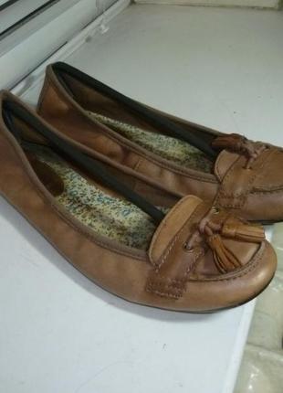 Очень удобные мягкие натуральные кожаные туфли-балетки на низком ходу