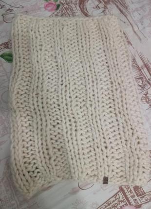 Продам теплый шарф хомут