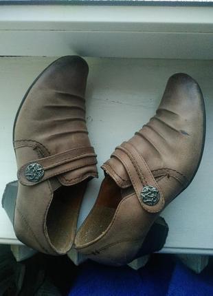 Кожаные полусапожки туфли на низком каблуке 38р bianco!