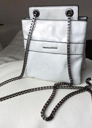 « двойная» сумочка cross body на цепочке mexx