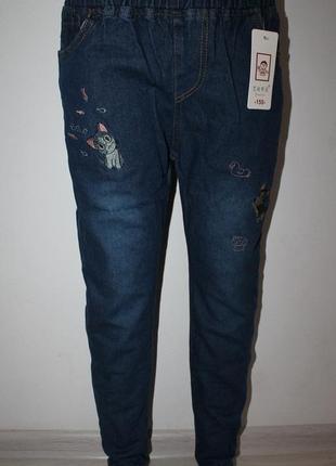 Очень красивые джинсики с котиками