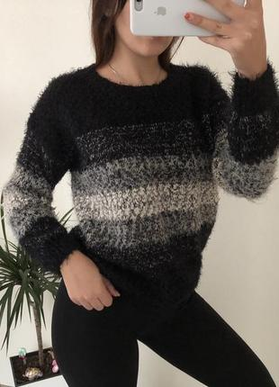 Мягкий свитер от forever 21
