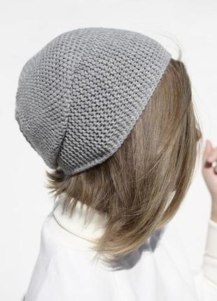 Світло-сіра мериносова шапка біні ( мериносовая светло серая шапка бини)